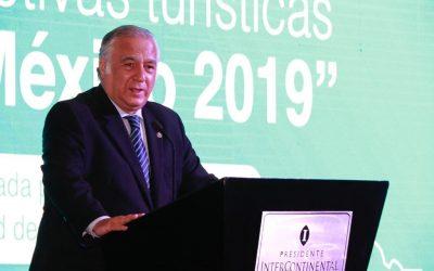 México caerá en turismo internacional: Torruco